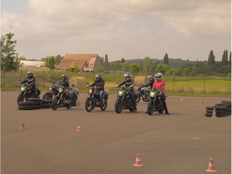 Pleins Phares au Mans - Piste moto privée à Saint Saturnin (Sarthe)