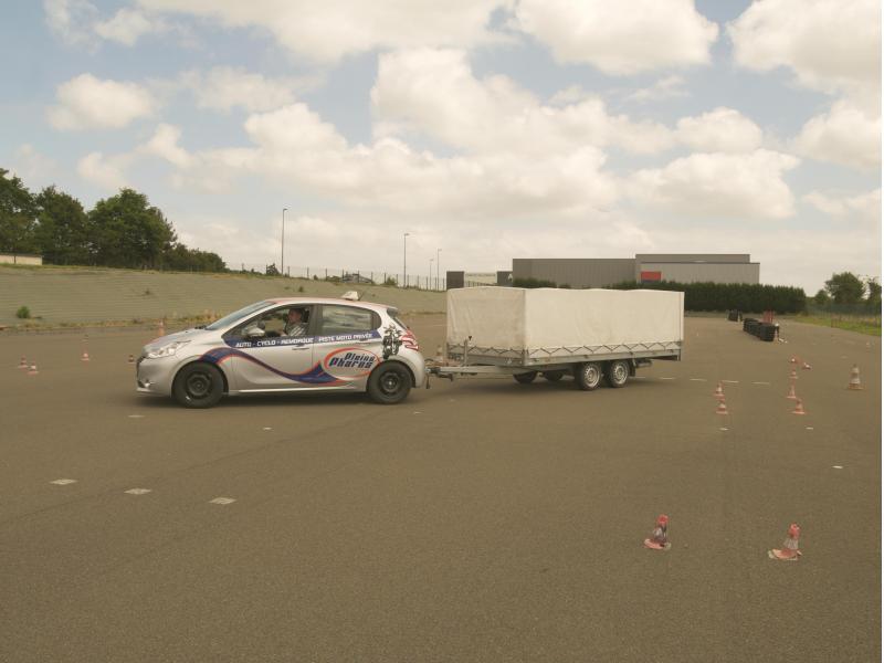 Passer votre permis remorque sur Le Mans